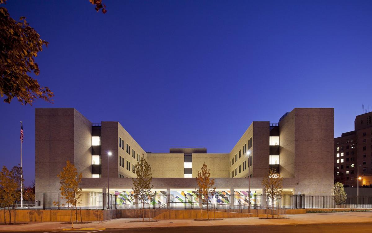 Queens Gateway To Health Sciences Secondary School