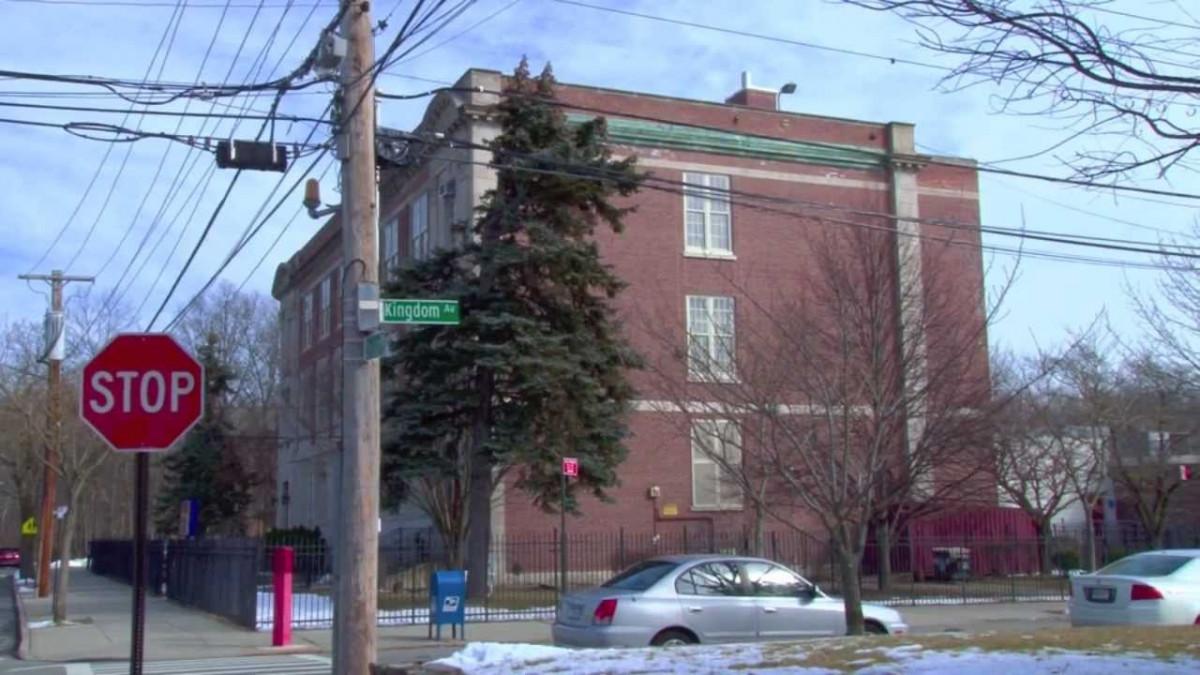 P.S. 5 Huguenot School