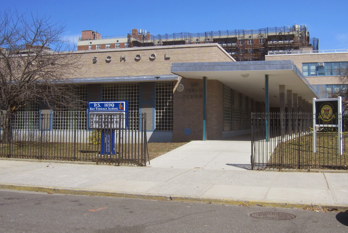 P.S. 169 Bay Terrace School