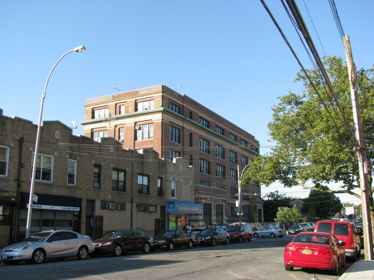 New Utrecht High School