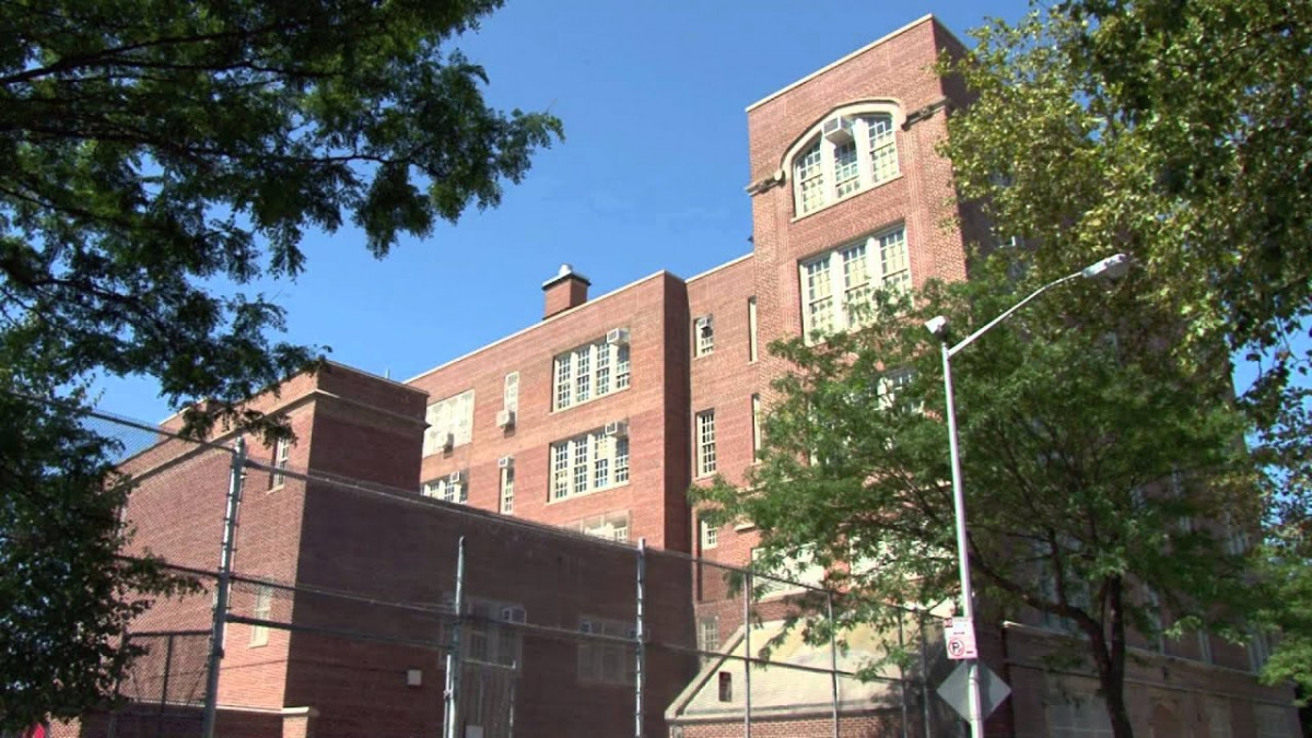 P.S. 186 Dr. Irving A. Gladstone School